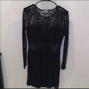 Black Lace Tobi Dress (M)